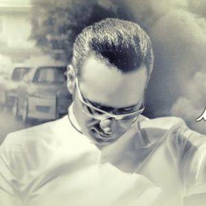 Shahram Shokoohi Barane Eshgh New Version 300x300 - دانلود ورژن جدید آهنگ شهرام شکوهی به نام بارانه عشق
