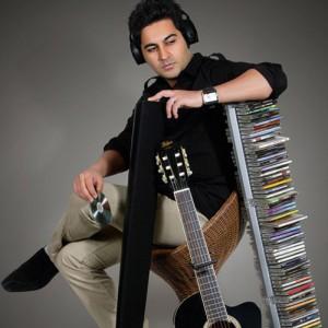 Behnam Safavi Nameye Eshgh 300x300 - دانلود آهنگ جدید بهنام صفوی به نام نامه عشق