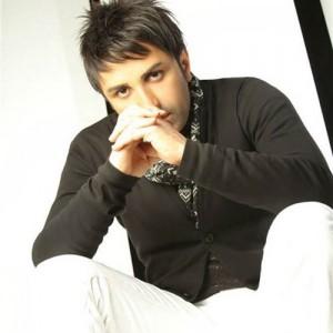 Ali Lohrasebi Khaterate Bahar 300x300 - دانلود آهنگ علی لهراسبی به نام خاطرات بهار